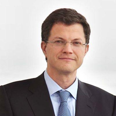 Dr. Alejandro Serrano